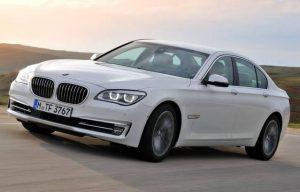 BMW-sähkövesipumpun pakokaasumenetelmä